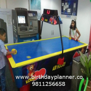 air hockey game on rent in delhi