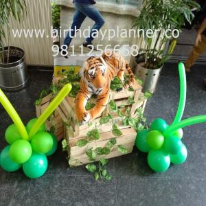 best jungle theme decoration idea