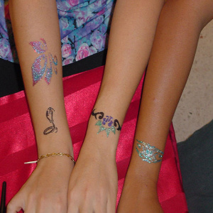glitter tattoo for kids corner