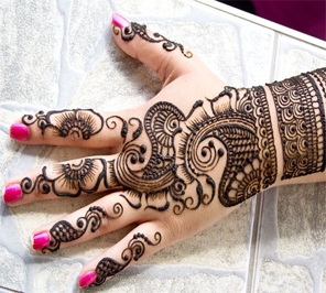 mehndi artist on rent in india