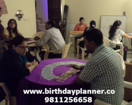 tarot card reader in delhi