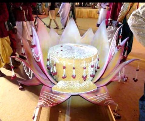 wedding theme for bride entry